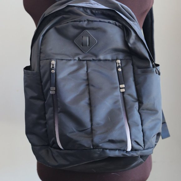 Nike Other - NIKE AURALUX Medium Backpack Black White School